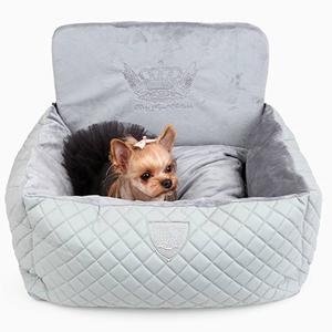 Авто лежанка для собак