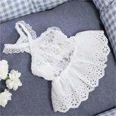 Платье с кружевной юбкой белое